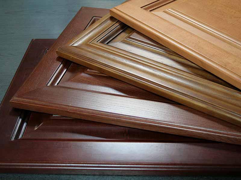 Купить мебельные фасады для кухни на заказ в Тихорецке из массива