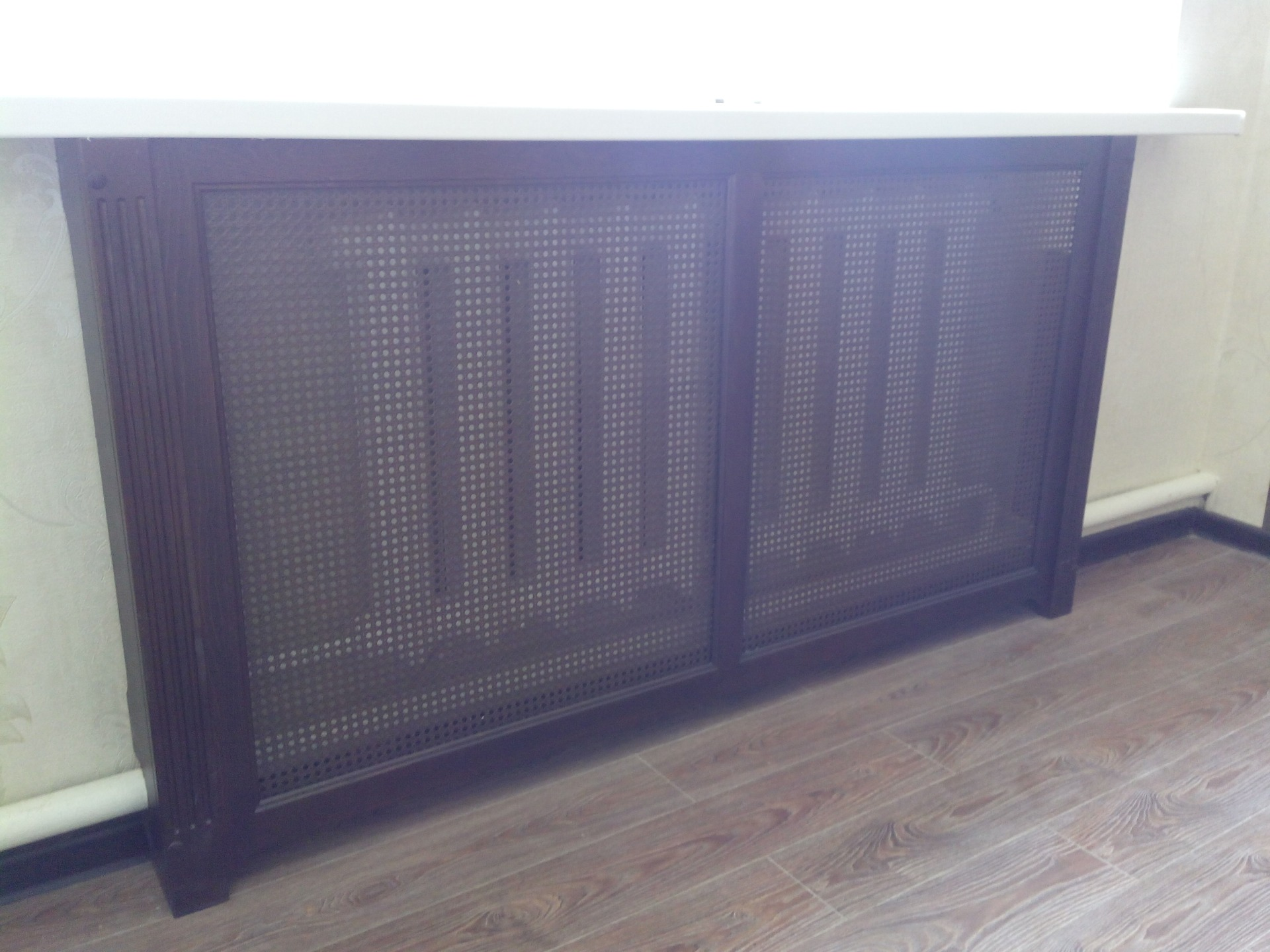 Дервянные экраны радиатора-отделка