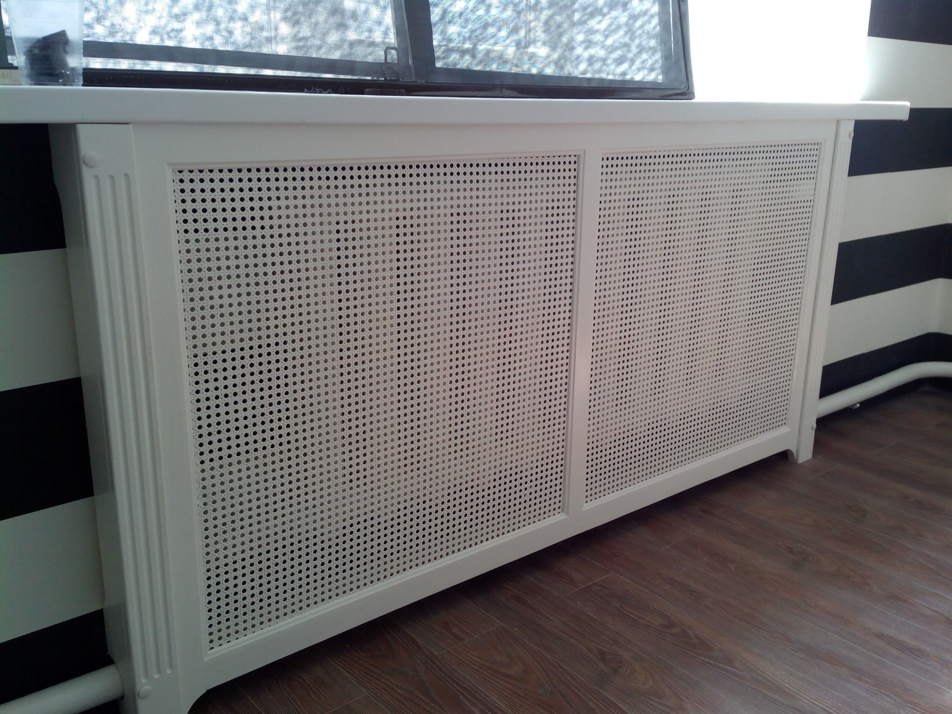 Экраны радиатора из дерева