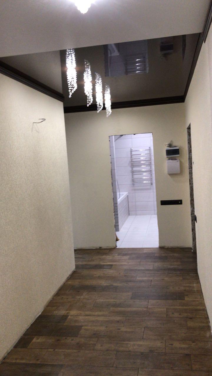 мкр (около Гостиницы турист) 3этаж, 3 ком Свежий