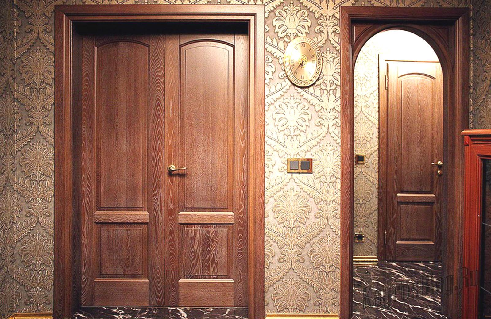 Двери из массива купить в Москве недорого, низкая цена на