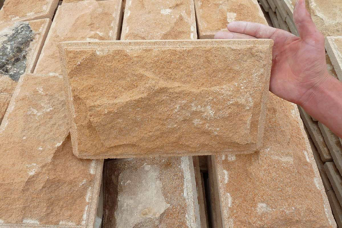 Выбор видов облицовочной плитки и фасадного дагестанского камня