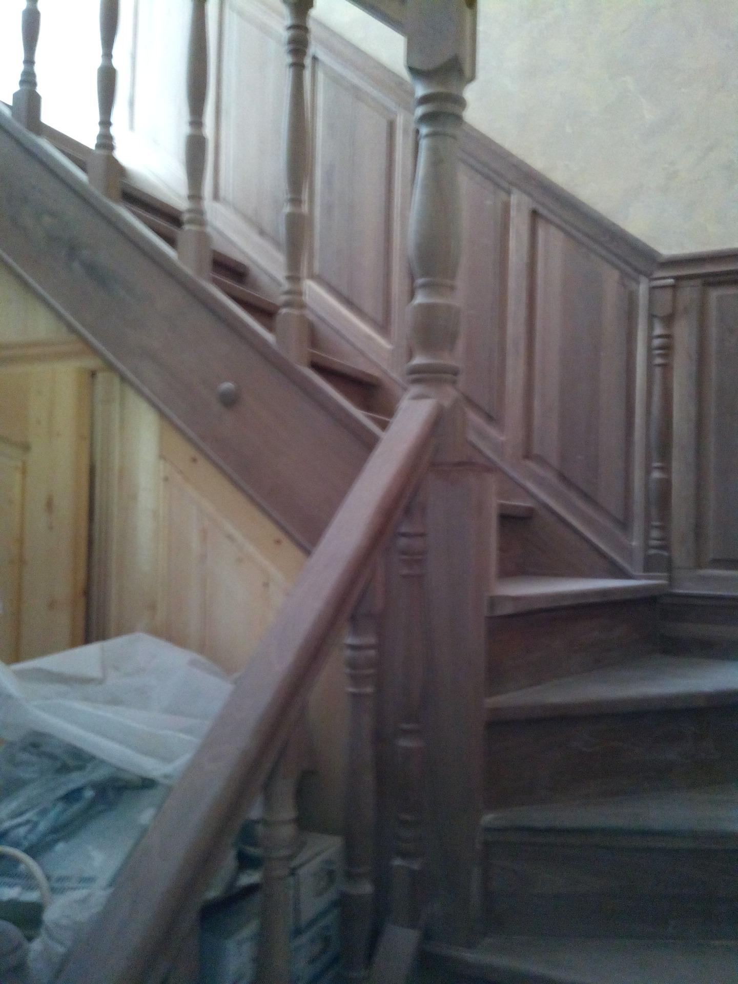 Деревянные лестницы в Кропоткине